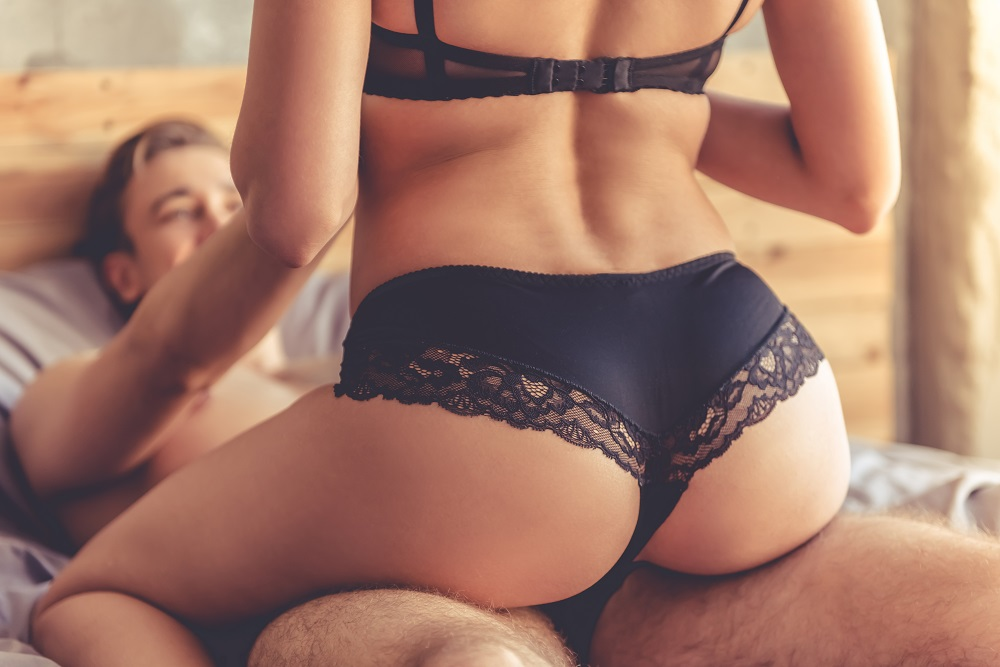 Focus on each other, not your vibrator, during sex